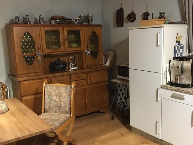Altes Forsthaus|Gabriela Langer - Ferienhaus, drei Schlafzimmer, Flachbildfernseher, Pool, Garten, Whirlwanne, WLAN, DTV klassifiziert